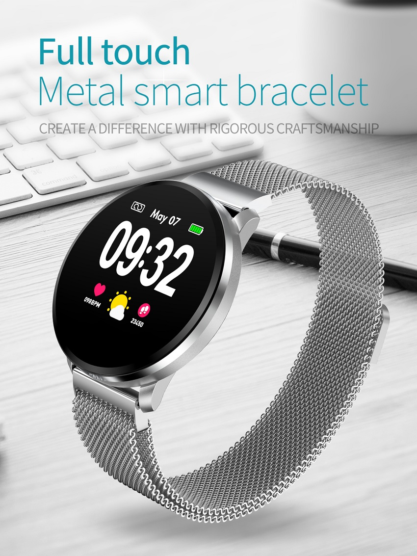 Metal smart watch for blood pressure monitoring